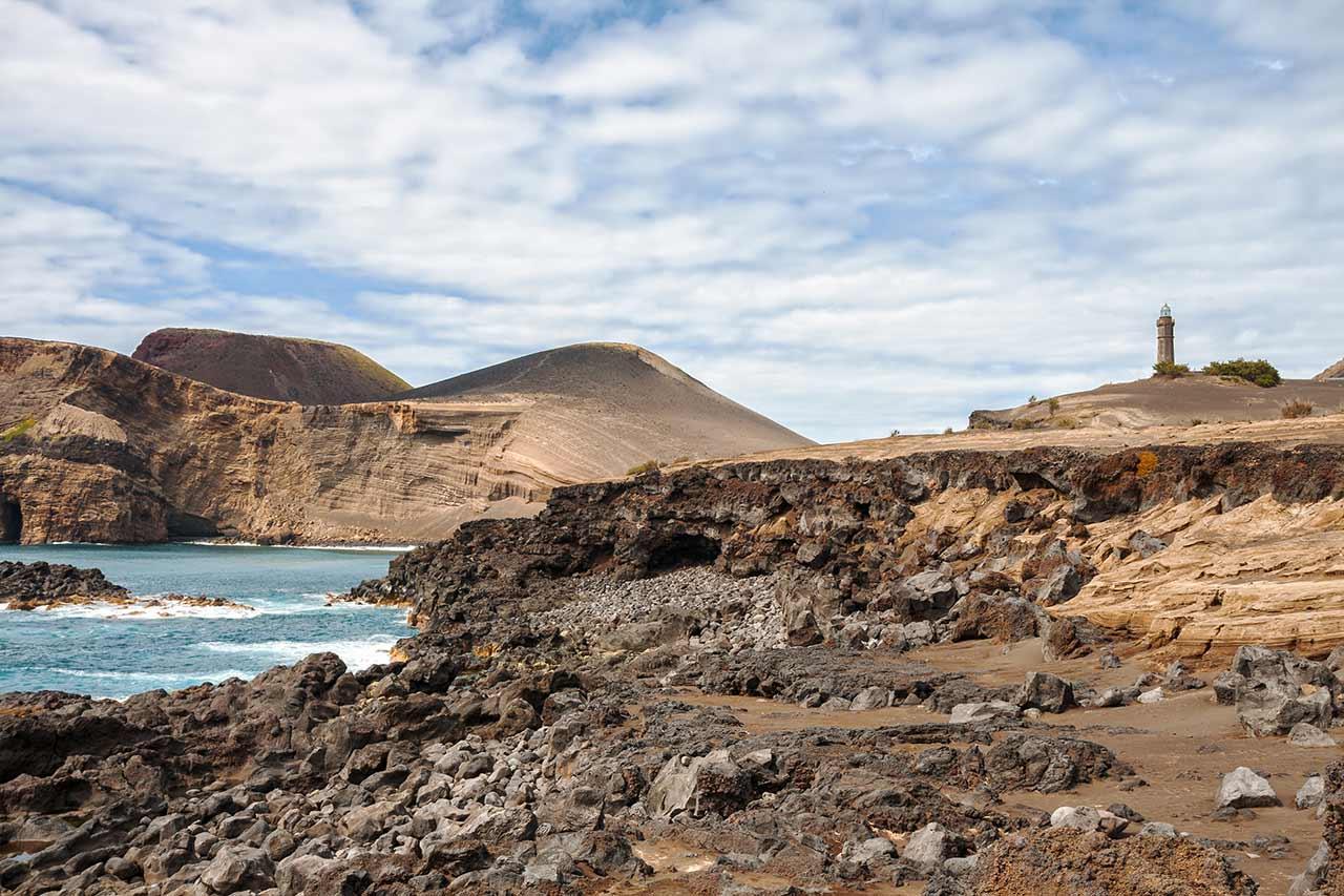 Vulcão dos Capelinhos na ilha do Faial